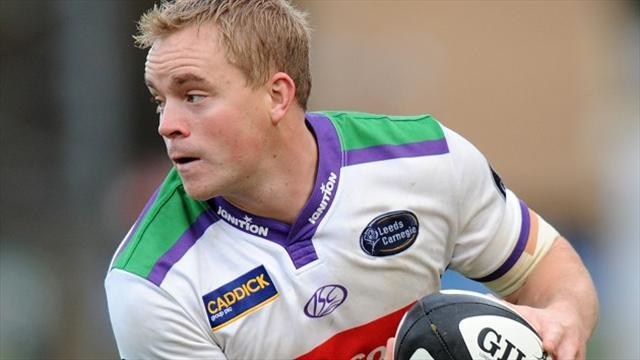 Rugby League - Featherstone close gap at top