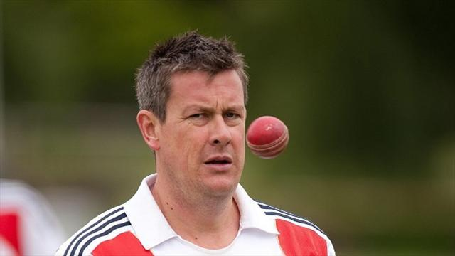 Cricket - Giles targets Champions Trophy success