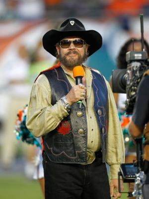 Hank Williams Jr. Backtracks From Obama-Hitler Comparison