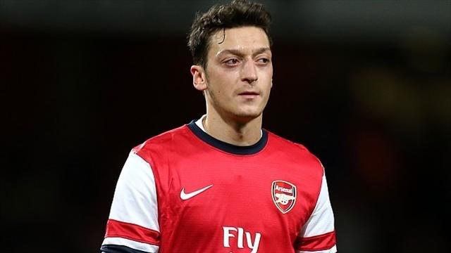 Premier League - Ozil looks 'tired', says Usmanov