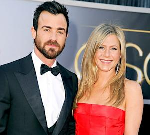 Jennifer Aniston, Justin Theroux Delay Wedding Plans Because of Brad Pitt, Angelina Jolie