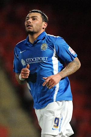 Anthony Elding has moved to Preston on loan