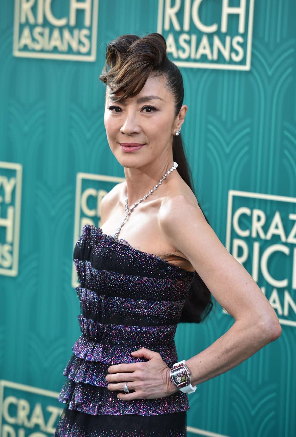 <p>馬來西亞女星楊紫瓊(Michelle Yeoh)在《瘋狂亞洲富豪》中飾演保守、難搞的豪門夫人,重視門當戶對的她非常反對兒子Nick和女友Rachel的戀情。 </p>