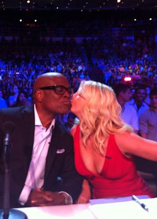 PHOTO: Britney Spears Puckers Up To Fellow X Factor USA Judge