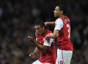 Young winger Oxlade-Chamberlain shines for Arsenal