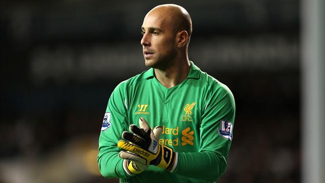 Premier League - Rodgers sure Reina will stay