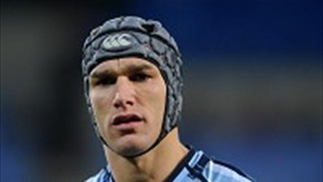 Rugby - James makes Chiefs move