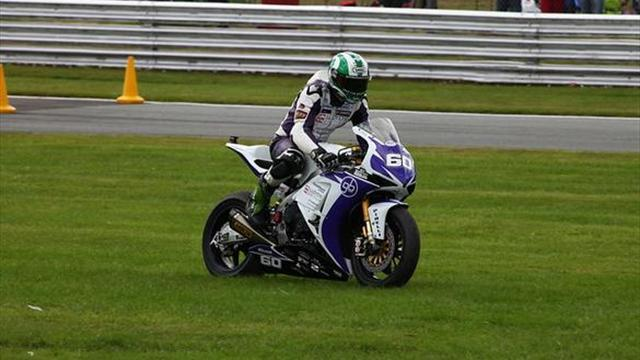 Superbikes - Oulton BSB: Back luck continues for Hickman