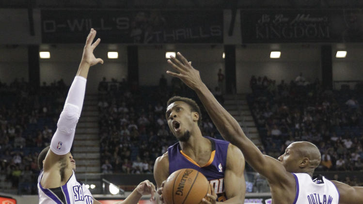 Goodwin helps Suns to 104-99 win over Kings