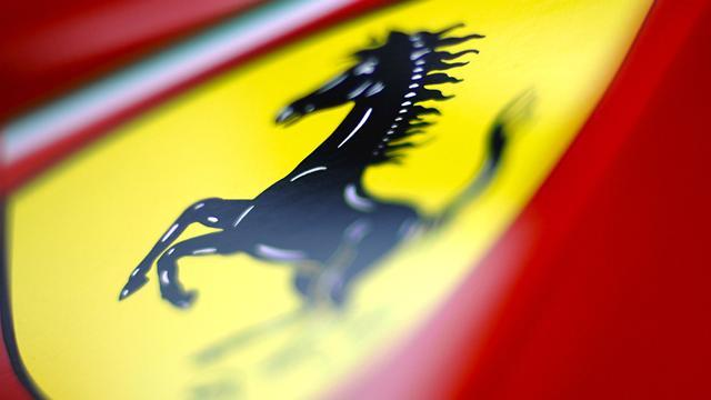 Formula 1 - New Ferrari pays tribute to V8 engine
