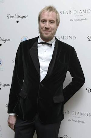 Rhys Ifans attends the PeaceEarth foundation fundraising gala at Banqueting House on November 10, 2012 in London -- Getty Images