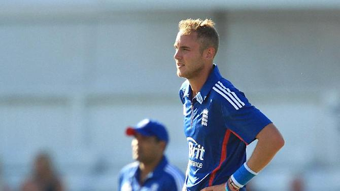 Stuart Broad, right, was the pick of England's bowlers with three wickets