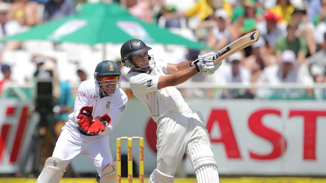 South Africa v New Zealand - First Test: Day 3