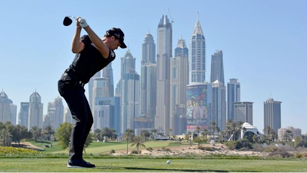 Willett hits the front in Dubai