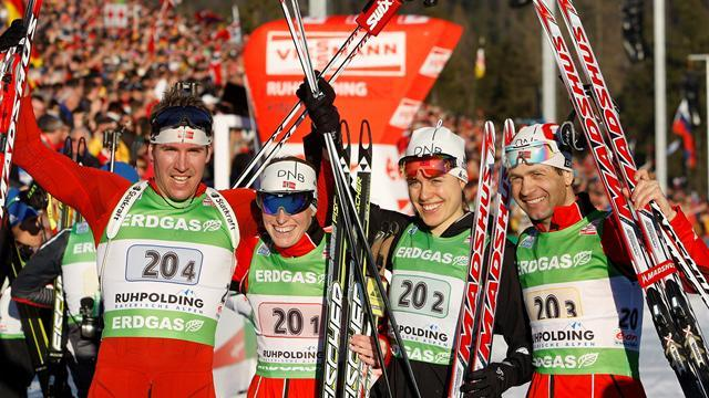 Biathlon - Norway retain mixed relay title