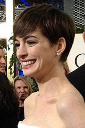 Anne Hathaway is 'Sorry' for Oscars Dress Switch -- Other Odd Celebrity Apologies