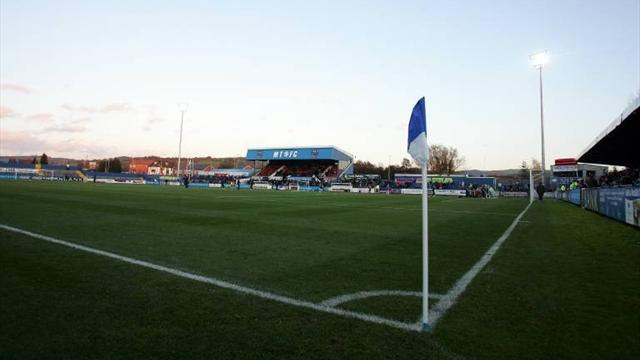 FA Cup - Macclesfield upset Swindon