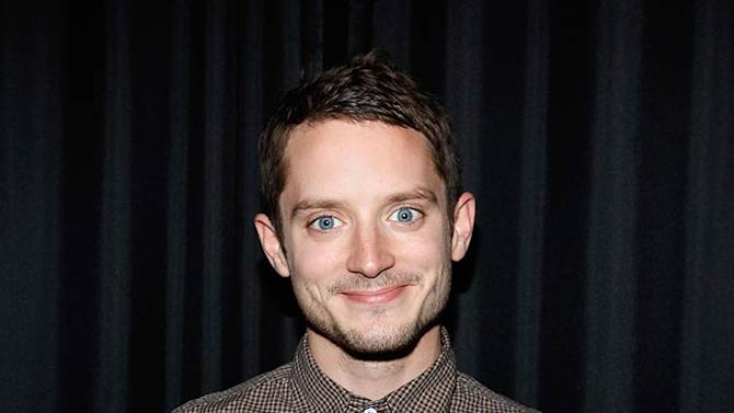 Elijah Wood Apple Store