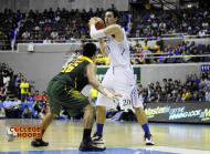 Greg Slaughter had 17 points 8 rebounds and 5 blocks for the Blue Eagles. (Angela Galia/NPPA Images)