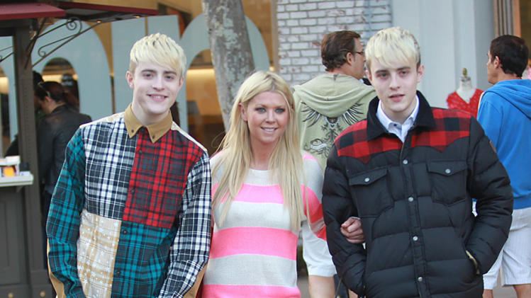 Tara Reid and the Jedward Twins shop at the Grove in Hollywood