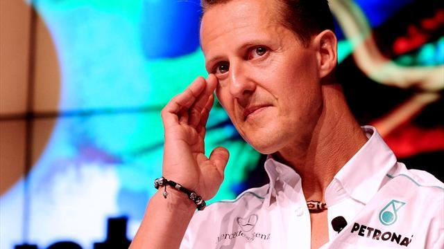 Formula 1 - Michael Schumacher 'responding to instructions', has blinked