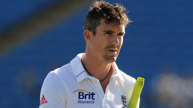 Cricket: Pietersen added to England squad for India tour