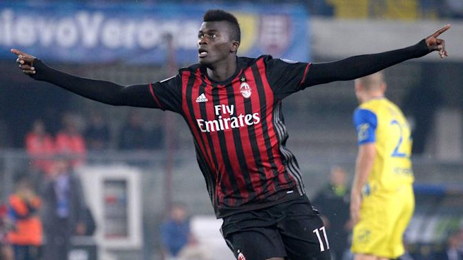Arsenal Boss Arsene Wenger Weighing Up January Bid for AC Milan Star Striker