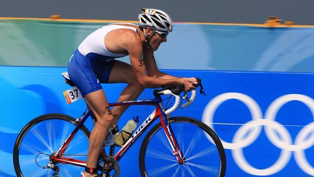 Triathlon - Olympian expects triathlon distance to be halved