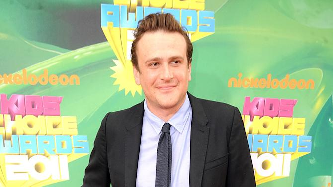 """""""How I Met Your Mother"""" star (and the man behind the upcoming """"Muppets"""" movie) Jason Segel smiles for photographers at Nick's Kids' Choice Awards. Nickelodeon's 24th Annual Kids' Choice Awards"""