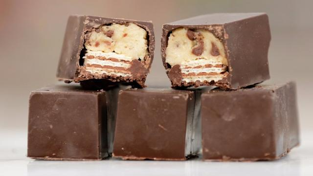 Can't Get Your Hands on Cookie Dough Kit Kats? Make Your Own!