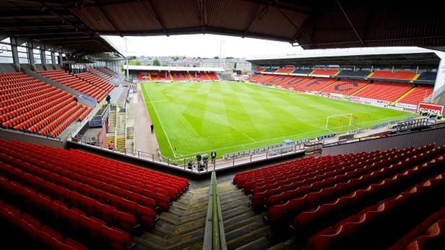 Scottish Premier League - Dundee United wipe out debts