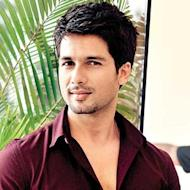 Shahid Kapoor Completes A Decade In Bollywood