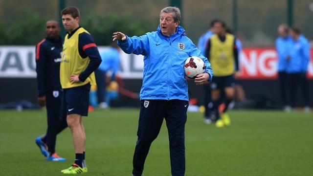 World Cup - Hodgson aims to leave rival Low