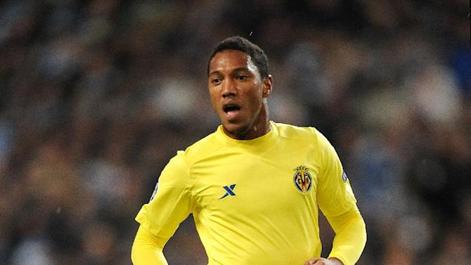 Jonathan De Guzman becomes latest signing by Swansea boss Michael Laudrup