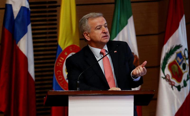 Chile lamenta nuevo capítulo de la guerra comercial entre China y EE.UU.