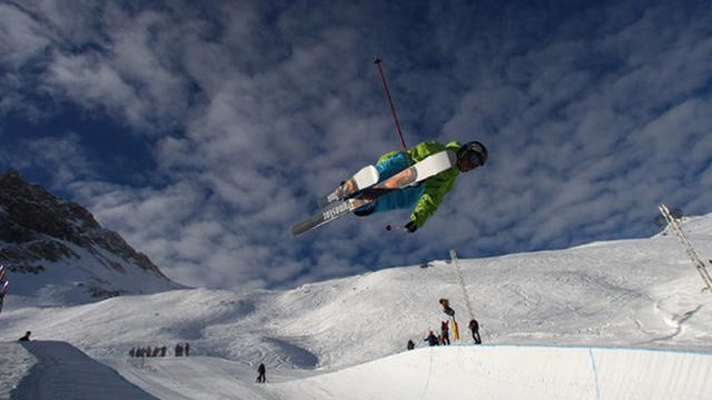 Freestyle Skiing - Riddle takes first win in five years
