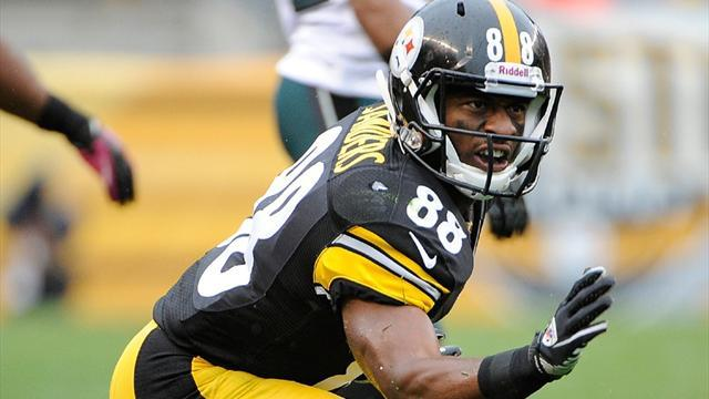 NFL  - Steelers, receiver Sanders fined over fake injury