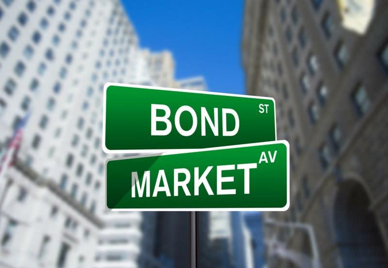 Bond tematici, il ritorno dalle vacanze è ricco di emissioni