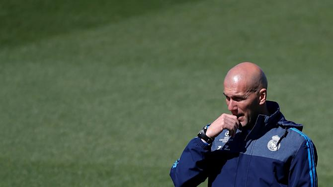 Real Madrid's coach Zinedine Zidane during training