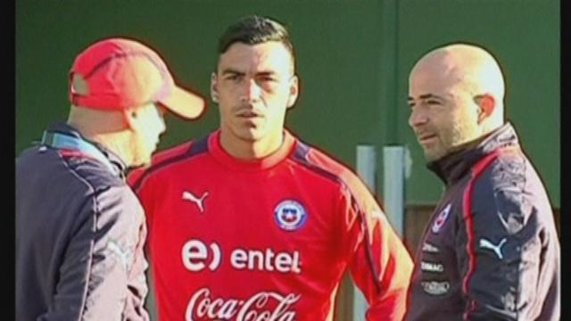 South American Football - Chile coach: Uruguay are strong