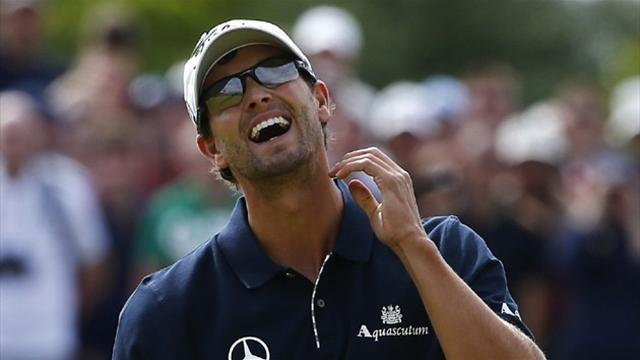 Golf - Scott seeks to cap frustrating year with win