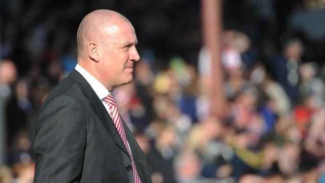 Football - Warburton lays out points target