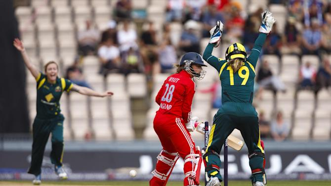Cricket - 2013 Women's Ashes Series - First International Twenty20 - England Women v Australia Women - Ageas Bowl