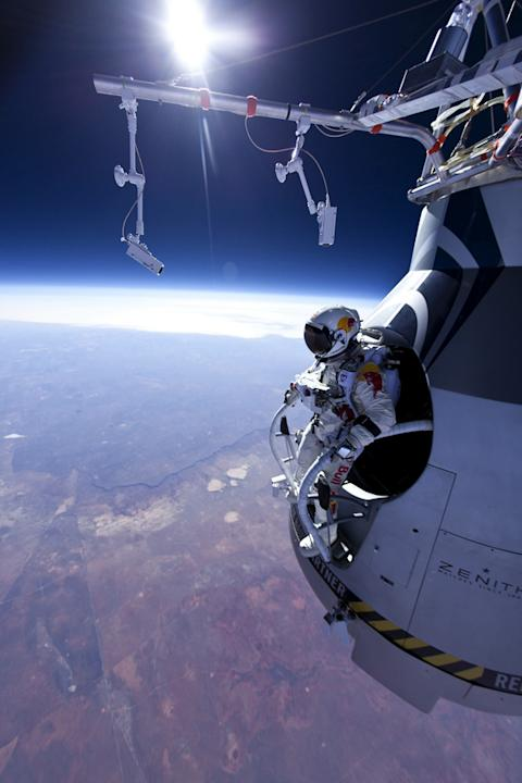 Record-Breaking Supersonic Skydive: Why High Winds Are Risky