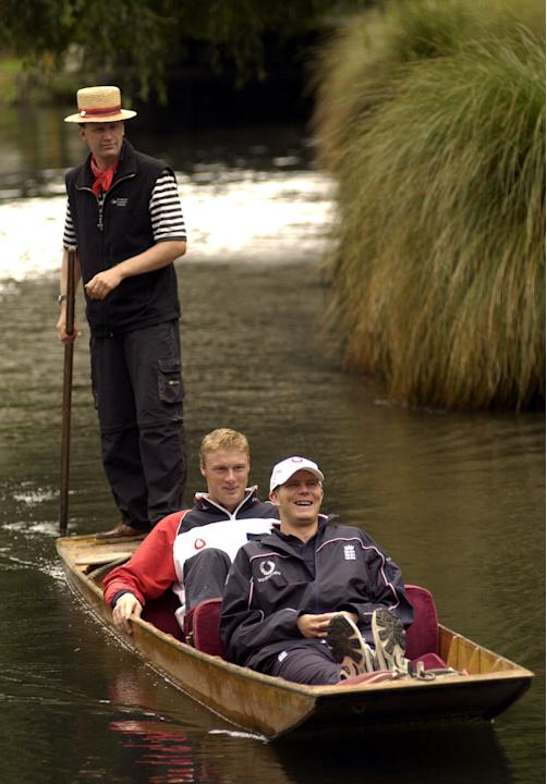 11 March 2002:  England players Andrew Flintoff (rear) and Matthew Hoggard, enjoy a punt down the River Avon in  Christchurch, New Zealand. DIGITAL IMAGE. Mandatory Credit: Laurence Griffith/Getty Ima