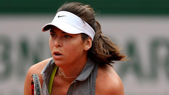 French Open - Second mother Evert helps young Croatian into French Open last 16