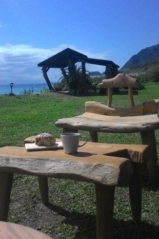 海浪Cafe位在花蓮海邊,可以欣賞遼闊的太平洋。(圖片來源/海浪Cafe)