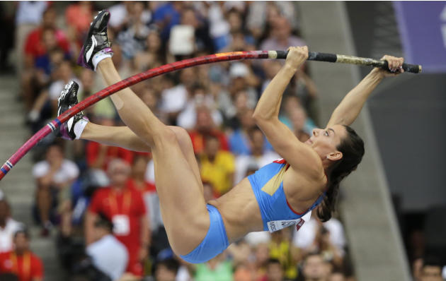 Isinbayeva to make comeback ahead of Rio Olympics