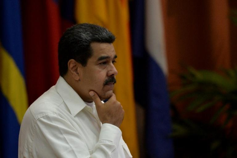 Maduro regulará la venta de gasolina venezolana, la más barata del mundo