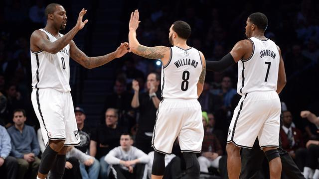 NBA - Nets beat Spurs to snap losing streak